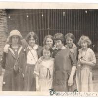 1922StudentsZooA.jpg