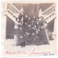 1912Seniors.jpg