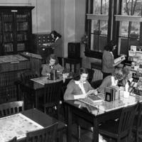 Notre Dame High School - Hamilton, Library