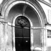 Porte St Bernard