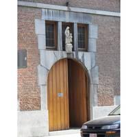 Chapelle publique entrance