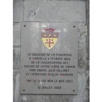 Plaque dans la cathédrale d'Amiens